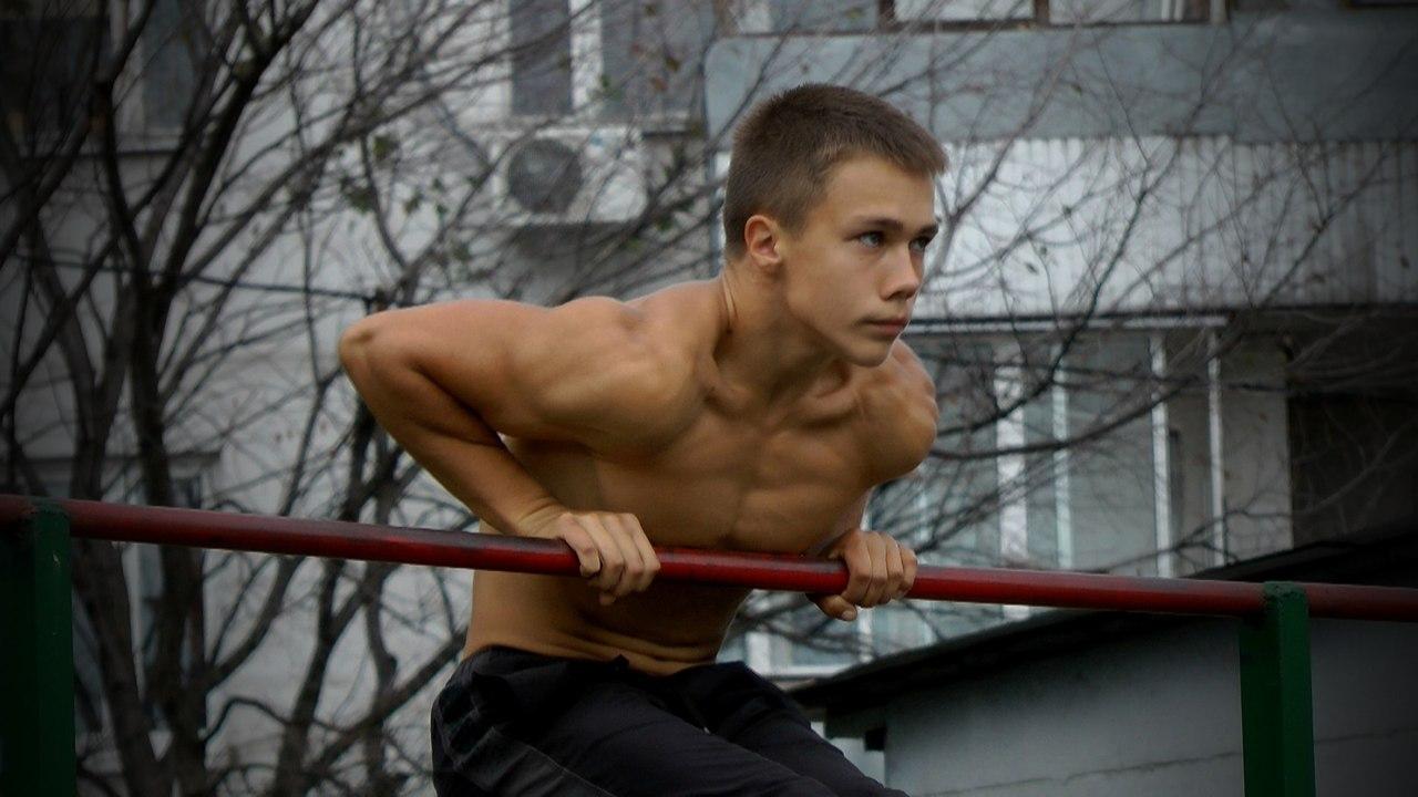 Новый Мастер: Владимир Тюханов из Москвы!
