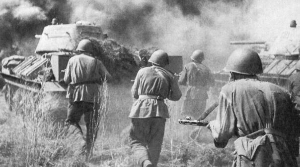ПЯТОГО ИЮЛЯ 1943 ГОДА НАЧАЛАСЬ КУРСКАЯ БИТВА Подвиги советских разведчиков и радистов, подковерные шпионские интриги союзников и мистические неудачи Вермахта всему нашлось свое место в битве на