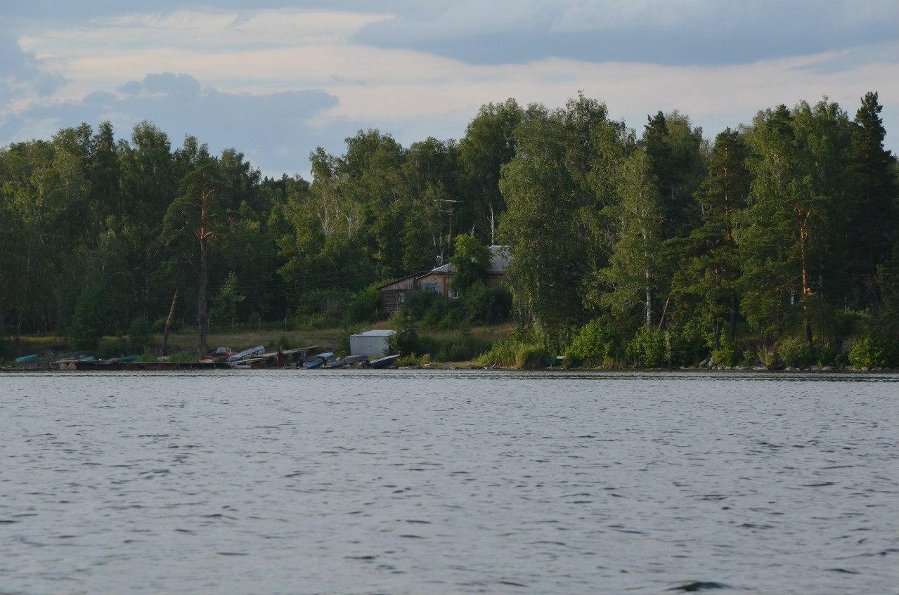 Кордон Миассово наберегу озера Большое Миассово