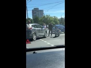 Авария с мотоциклом на набережной Черной речки и Школьной