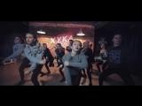 Cheeky jump dance by Ekaterina Kibuk