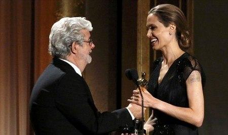 Анджелина Джолидің құпиясы неде?
