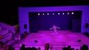 Танец робота - мальчик перетанцевал танцора Греция, Крит, анимация