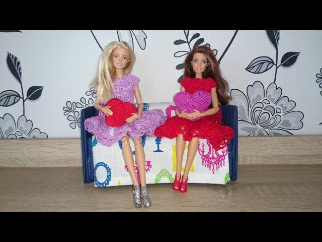 Модное платье для куклы крючком