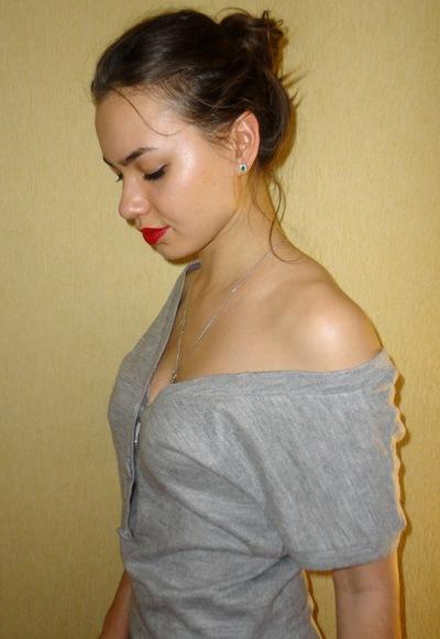 Анюта Михайличенко, 1 января 1990, Харьков, id20102406