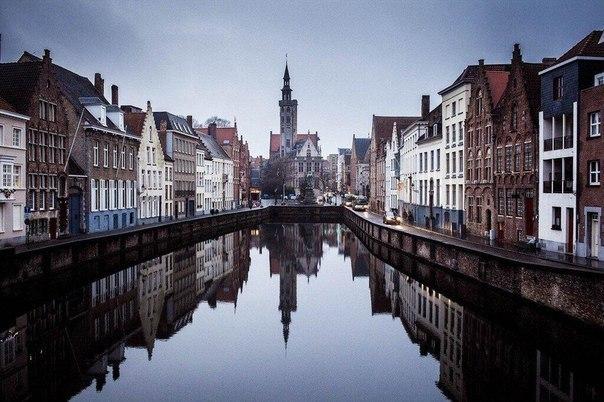Отражения в Брюгге, Бельгия