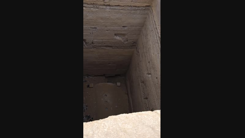 Крышка люка древней ракетной шахты Египет