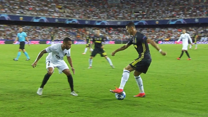 When Cristiano Ronaldo Doesn't Use Speed to Humiliate His Opponent