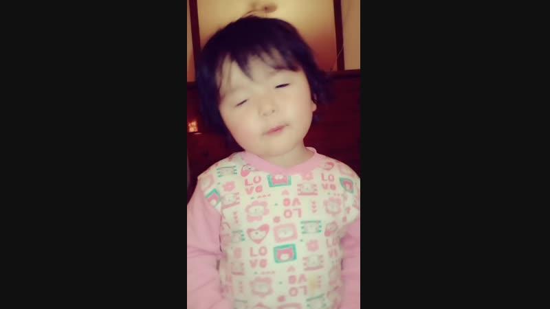 Айша 2 жас 5 ай😗😗