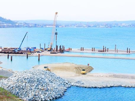 Три пути прекращения строительства Крымского моста «нашли» в Киеве