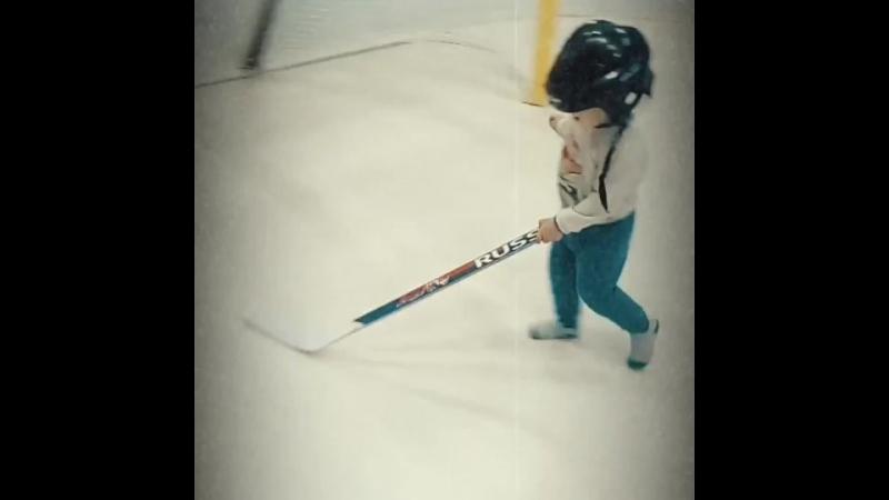Марик хоккей.mp4
