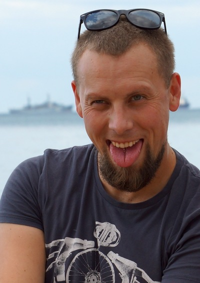 Илья Строков