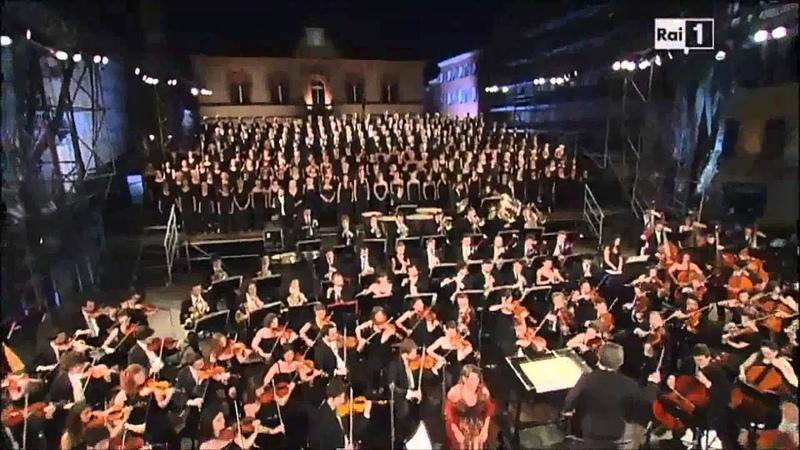 Giuseppe Verdi - Il Trovatore (Coro degli zingari e canzone Stride la vampa)