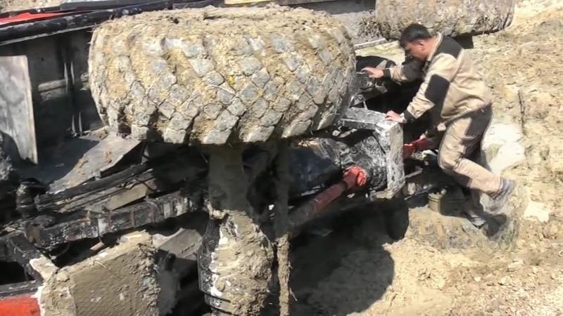 Тяжелая техника грузовики на бездорожье OFF ROAD Грузовики на подготовленной трассе Покатушки по грязи глиняные подъемы