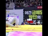 STOP AND LOOK AT HOW SEOKJIN JUMPED TO CHEER ON FOR HIS BABY IM CRYING