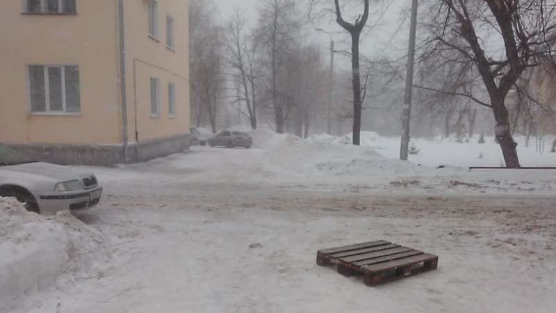 Чебоксары. Обложной к/в снегопад в виде мокрого снега в 1. (16/02/19) 15:03-15:08.