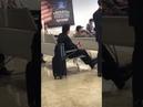 Sérgio Moro é escoltado por seguranças em aeroporto MT