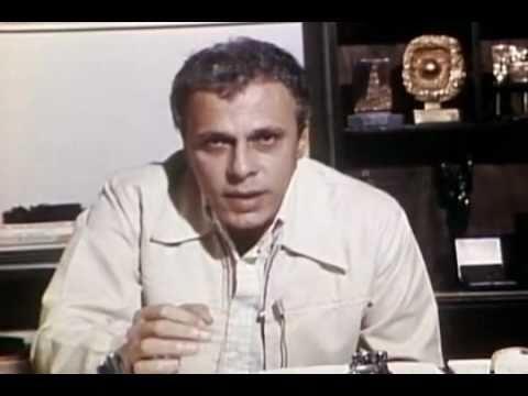 Clodovil critica a Liga dos Guardiões do Machismo 1980