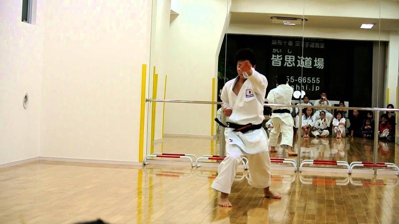 『Unsu』 2012 World Senior Karate Championships Team kata Champion Takumi Sugino