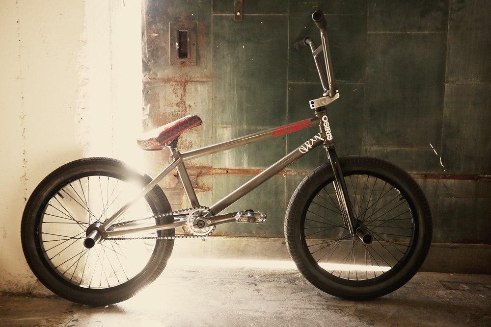 Miles Rogoish bikecheck