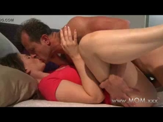 Mom-husband-and-wife-make-love-in-the-morning_1559941110868.mp4