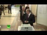 Владимир Путин принял участие в голосовании