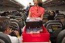 На рейсе Iberia 23 октября по салону покатились тележки с Samsung Galaxy Note 8.