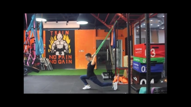 How to use a resistance band in the gym