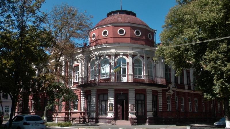 У Полтаві на історичних будівлях відкрили 22 інформаційні таблички