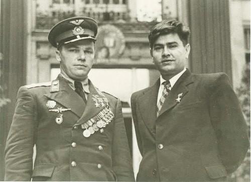 Героев должны знать в лицо. Иван Кожедуб и Алексей Маресьев герои Советского Союза