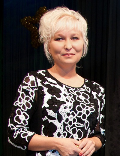 Наталия Попова