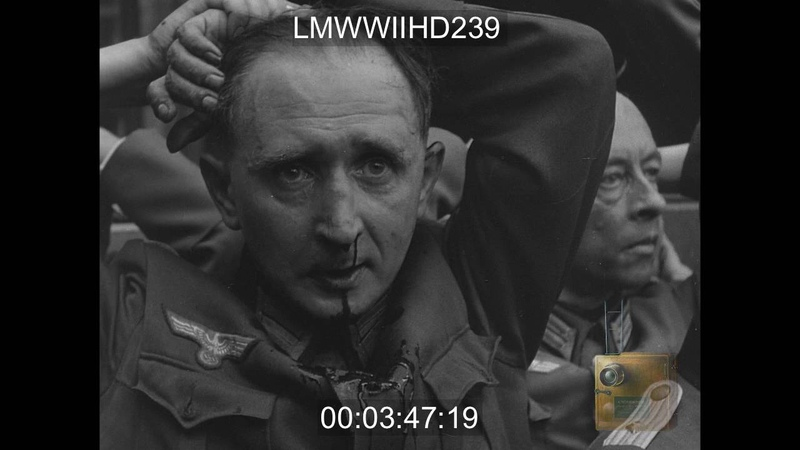 PARIS, FRANCE, 08251944, PARIS LIBERATION _ CIVILIANS AND GERMAN PRISONERS IN THE ST - LMWWIIHD239