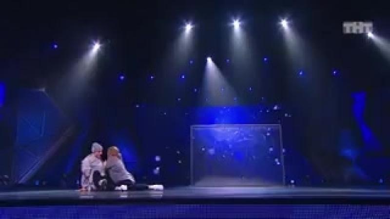 Танцы׃ Макс Нестерович и Екатерина Решетникова (Юлианна Караулова – Внеорбитные)