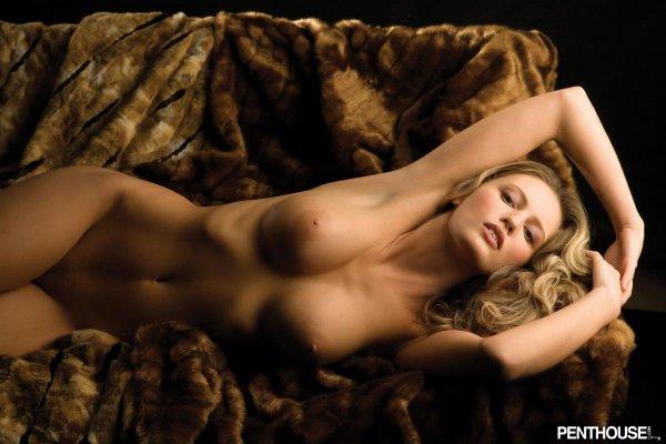 смотреть онлайн женская фото эротика