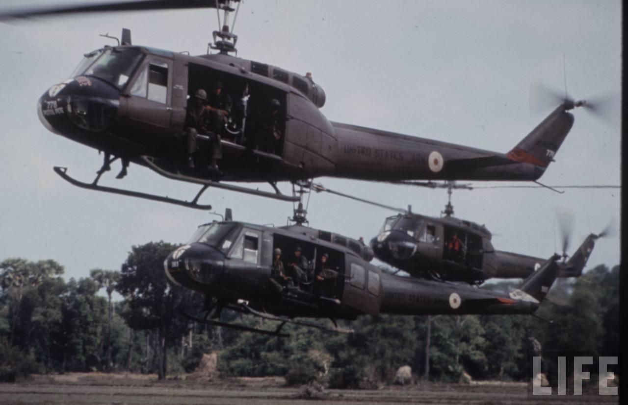 guerre du vietnam - Page 2 KoyBtF0NPRk