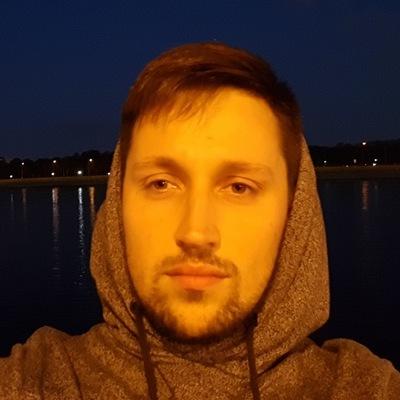 Денис Атаманов