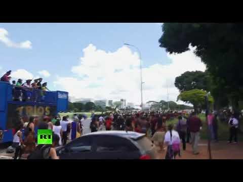 🔴 Indígenas brasileños protestan por las políticas de exterminio de Jair Bolsonaro