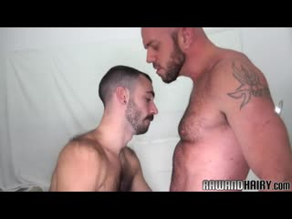 Hairy wolf doggystyle drilling tight ass[порно гей ,мужик сосёт, gay, секс,анал,anal]