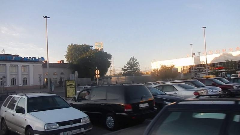 Караганда Привокзальная площадь На мост через вокзал