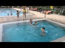 Наши детки купаются в детском бассейне отеля Pinnacle