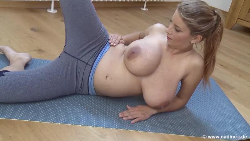 Katerina Hartlova Busty fitness Big Tits model boobs голая грудастая сочная девушка 720