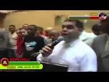 Пастор изгоняет бесов !!!!!!!!!!!!!