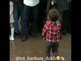 ребенок танцует лезгинку