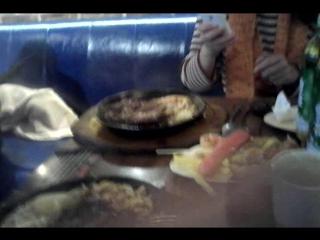Le bruit de la viande cuite