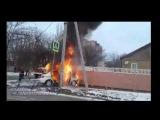 В Аксае на Советская Луначарского сгорело такси после ДТП 12 02 17