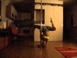 Home pole dance training. Spins and handstand. Anna Nikulina.
