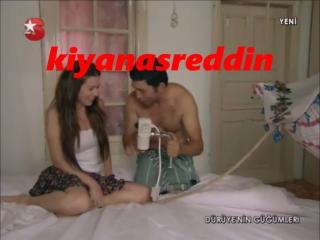 İpek Tuzcuoğlu & Emre Kınay yatak şov - Dürüye frikik veriyor:)