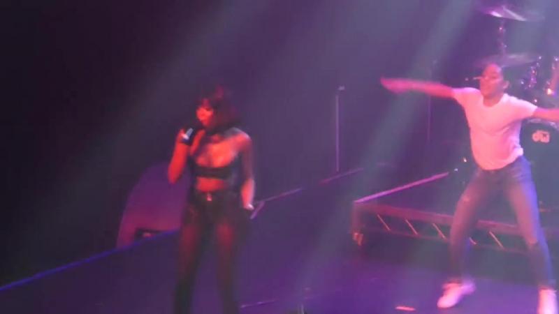 Azealia Banks - The Big Big Beat (Fonda Theater, Los Angeles CA 9 13 18)