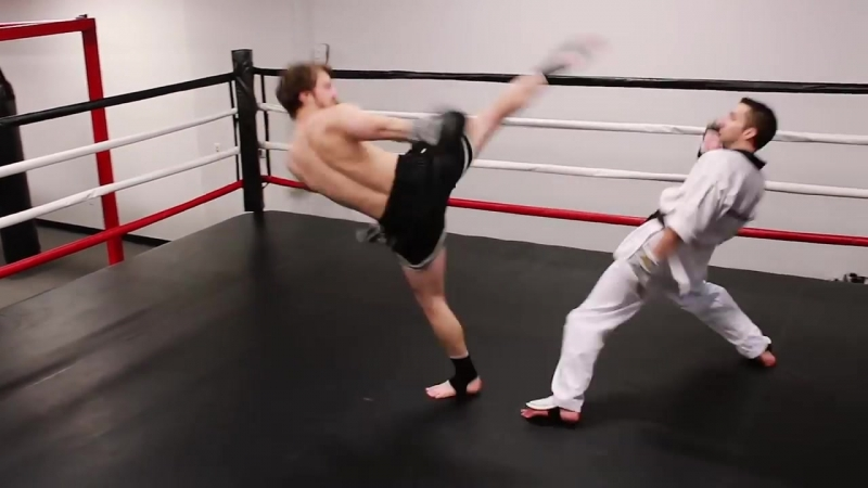 Тхеквондо vs Муай Тай