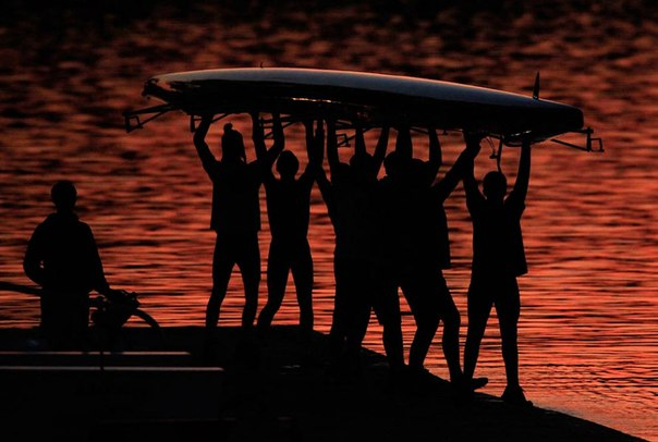pritchi o rassuditelnosti  Буддийская притча: Дураки и лодка